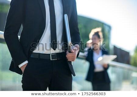 Zakenman trottoir hand zak zijaanzicht elegante Stockfoto © feedough