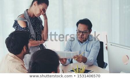negocios · hombres · de · negocios · inestable · papel · empresario · trabajador - foto stock © lightsource