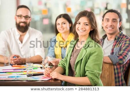 Kreatív fiatal alkalmazott gondolkodik innovatív üzlet Stock fotó © Kzenon