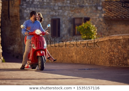 mulher · motor · compras · sorridente · transporte - foto stock © IS2