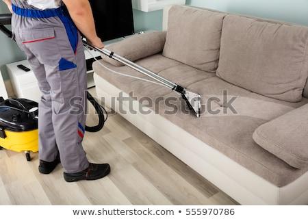 mulher · limpeza · sofá · mulher · jovem · spray - foto stock © andreypopov