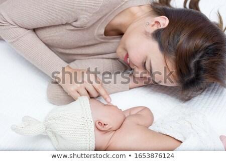 criança · mãe · tocante · dedos · mulher · assinar - foto stock © Paha_L