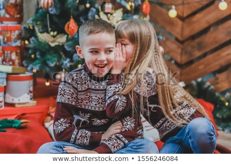 édes lány fivér titok ül asztal Stock fotó © wavebreak_media