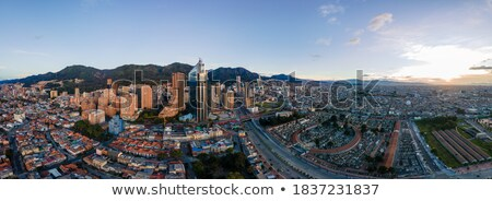 Achterbuurt zuiden Bogota huis gebouwen daklozen Stockfoto © jkraft5