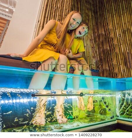 педикюр · иллюстрация · женщину · рыбы · массаж · девочек - Сток-фото © andreypopov
