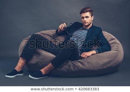 クール · ファッション · モデル · サングラス · 椅子 - ストックフォト © feedough