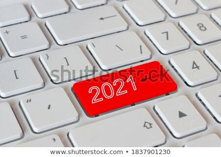 Blauw nieuwe resultaten toetsenbord geschreven Stockfoto © tashatuvango