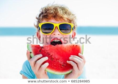 ragazzo · mangiare · anguria · esterna · faccia · divertimento - foto d'archivio © galitskaya