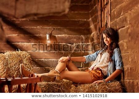 Botas de vaqueiros brim calção pernas longas branco mulher Foto stock © dolgachov