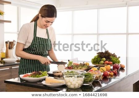 genç · kadın · modern · mutfak · gülen · gıda - stok fotoğraf © boggy