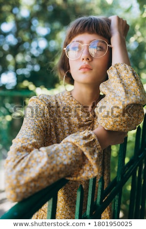 optik · yeni · kareler · gülen · bakıyor - stok fotoğraf © filipw