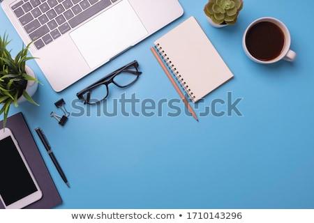 Kantoor aan huis bureau telefoon Blauw bloemen toetsenbord Stockfoto © neirfy