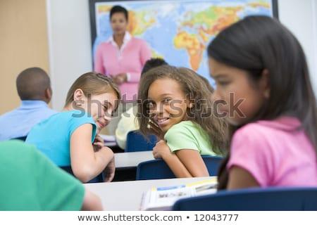 áldozat · tinédzserek · megfélemlítés · gyerekek · diákok · csoport - stock fotó © photography33