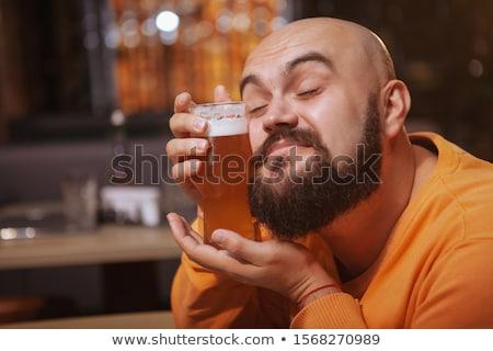 szeretet · sör · fiatalember · iszik · üzlet · munka - stock fotó © voysla
