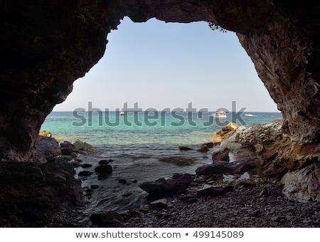 мнение · пещере · небольшой · лодка · воды - Сток-фото © mps197