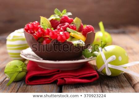 Salada de frutas ovo de páscoa páscoa comida chocolate salada Foto stock © M-studio