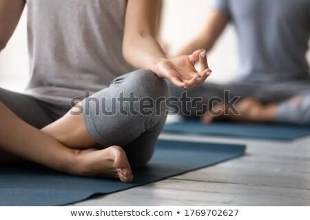 Concentrado fuerte fitness dama sesión posando Foto stock © deandrobot