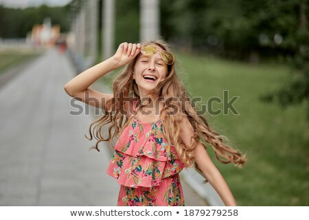 jeune · femme · visage · longtemps · blond · cheveux · fille - photo stock © studiostoks