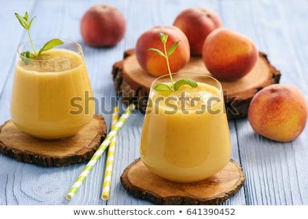 pêssego · banana · isolado · branco · fruto - foto stock © nessokv