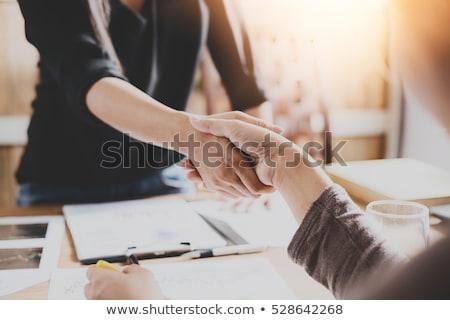 feminino · mão · bem-vindo · marcador · palavra · negócio - foto stock © pressmaster