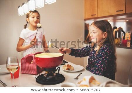 Twee vrienden eten foto mooie vrouwen Stockfoto © sumners