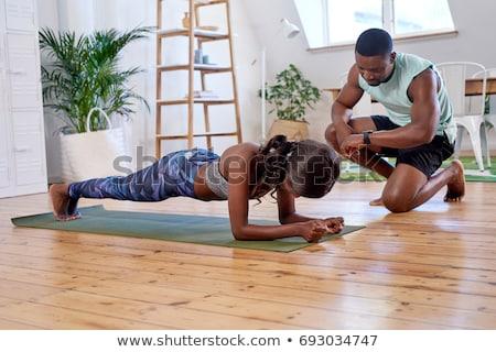 Личный тренер поощрение оборудование фитнес Сток-фото © JamiRae