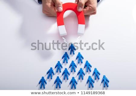 imprenditore · reclutamento · a · ferro · di · cavallo · magnete · rete · lavoratore - foto d'archivio © andreypopov