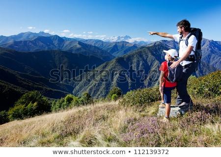 Photo stock: Père · en · fils · montagne · randonnée · heureux · forêt · santé