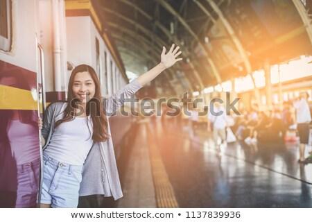 Jonge vrouw bagage vaarwel vrouw meisje Stockfoto © photography33