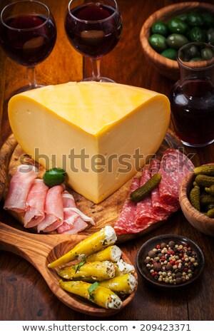 catering · vinho · tinto · salame · queijo · comida · jantar - foto stock © brebca