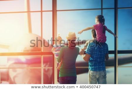 aile · havaalanı · genç · bekleme · yatılı · kadın - stok fotoğraf © paha_l