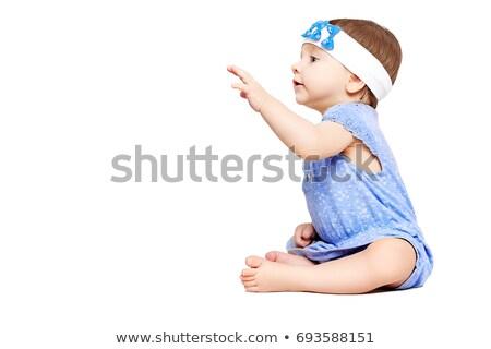 Stock fotó: Oldalnézet · kíváncsi · kicsi · kislány · néz · valami