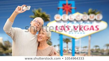 Idős pár utazó Las Vegas nyugdíj vakáció turizmus Stock fotó © dolgachov