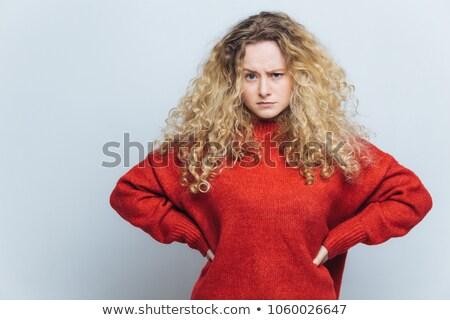 Foto arrabbiato donna i capelli ricci mani Foto d'archivio © vkstudio