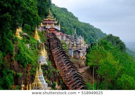Buddhista tornyok Myanmar csetepaté történelmi fehér Stock fotó © bbbar
