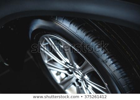 スペア · タイヤ · ホイール · 赤 · 現代 · 車 - ストックフォト © stevanovicigor