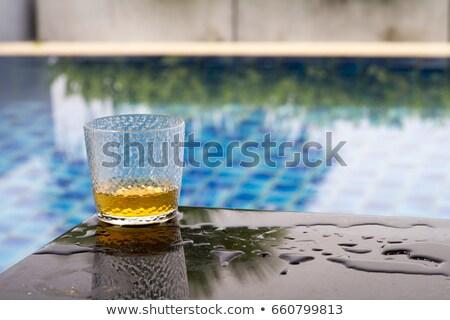Whisky verre piscine bleu fête lumière Photo stock © cypher0x
