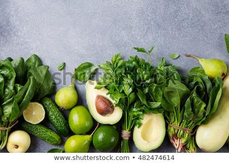 Friss zöld póréhagyma konyhaasztal vágódeszka rusztikus Stock fotó © stevanovicigor