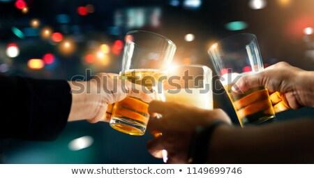 Zamyślony kobieta znajomych piwa Zdjęcia stock © wavebreak_media