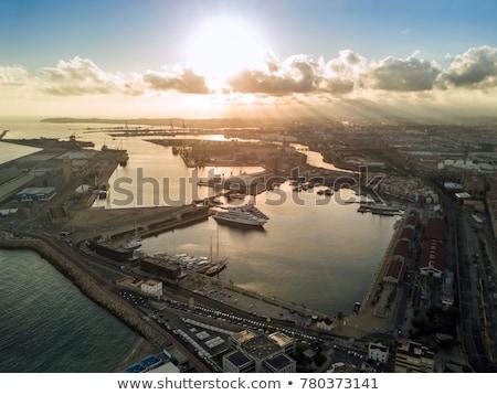 portu · Świt · sylwetka · przemysłowych · statku · wody - zdjęcia stock © lunamarina