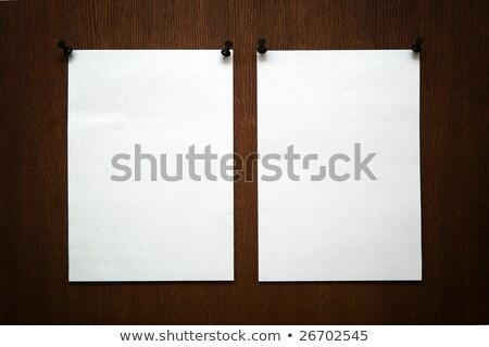 iki · boş · kâğıt · beyaz · arka · plan · kart - stok fotoğraf © orson