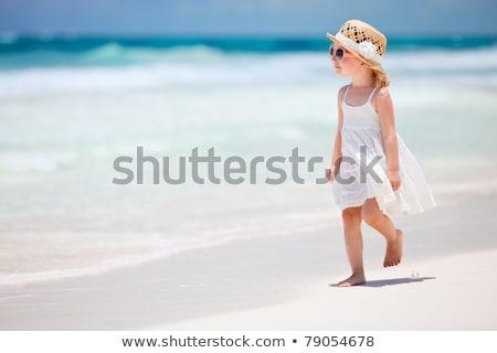 愛らしい 女の子 熱帯ビーチ 休暇 ビーチ 少女 ストックフォト © travnikovstudio