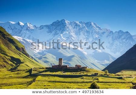 Iglesia Georgia montana paisaje colina manana Foto stock © Kotenko