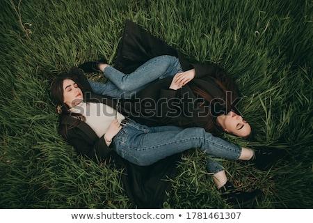 笑みを浮かべて · 小さな · ブルネット · 女性 · だけ · ノートパソコン - ストックフォト © andersonrise