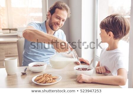 tej · áramló · reggeli · gabonafélék · tál · bogyós · gyümölcs - stock fotó © Digifoodstock