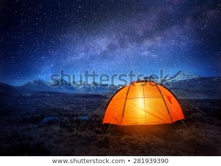 Kemping przygoda gwiazdki góry namiot w górę Zdjęcia stock © solarseven