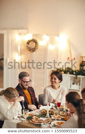 Ludzi jeść pić kuchnia domu recepcji Zdjęcia stock © robuart