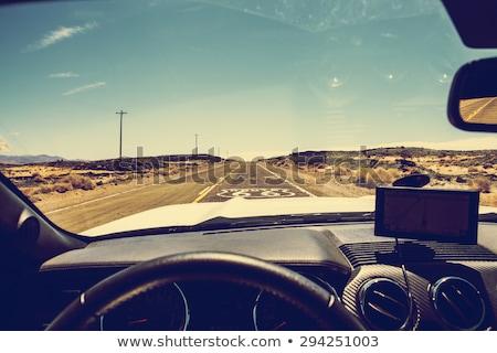 Ver estrada carro pára-brisas céu liberdade Foto stock © deandrobot
