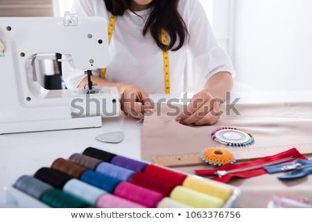 Mão alfaiate máquina de costura mulher trabalhar Foto stock © Kzenon