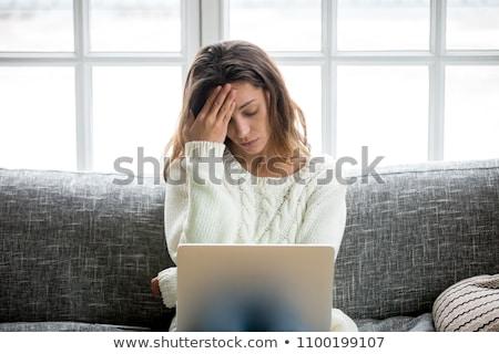 ontdaan · secretaris · foto · depressief · vrouwelijke · verwaarloosd - stockfoto © photography33